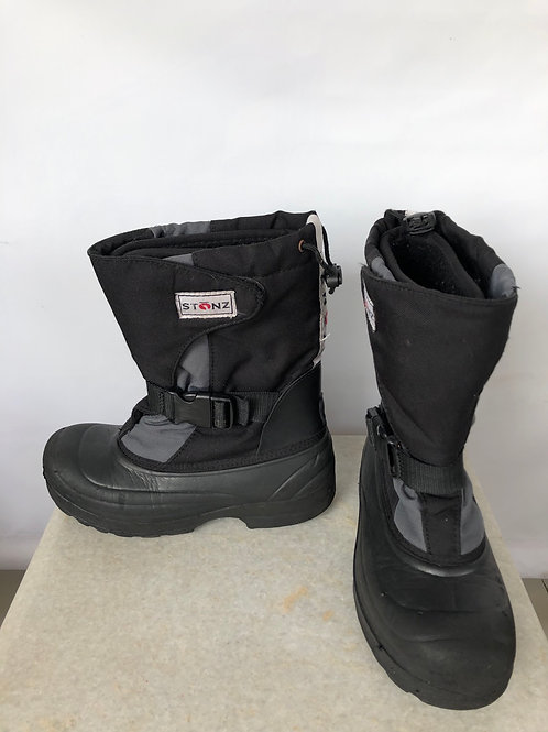 Stonz Snow Boots, size US 5