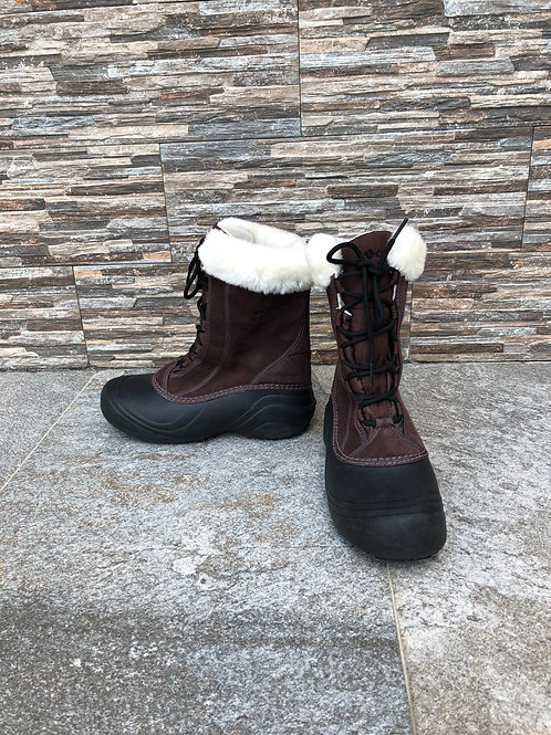 Columbia Boots, size US 7