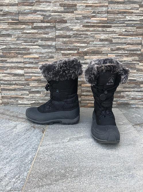 Kamik Snow Boots, size US 8