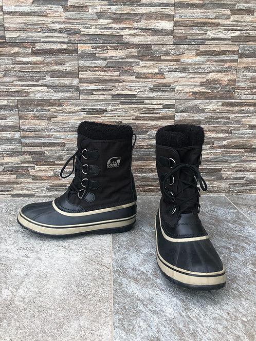 Sorel Snow Boots, size US 10