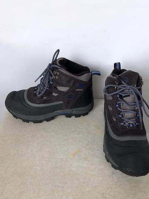 Khombu Snow Boots, size US 8