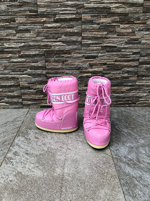 Moon Boots, size US 10/12