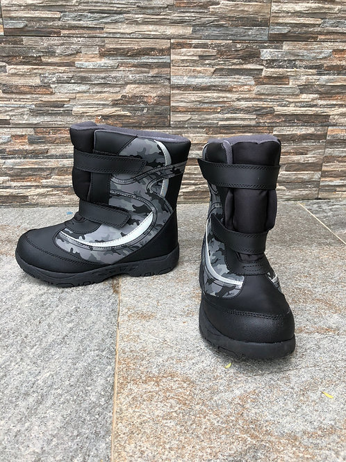 Rugged Outback Snow Boots, size US 2