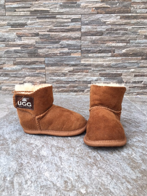 UGG soft winter booties, size US 4