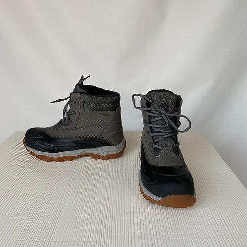 Khombu Winter Boots, size US 11