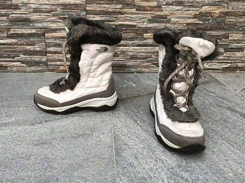 The North Face Nuptse Boots, size US 13