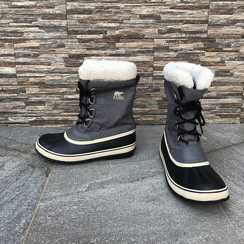 Sorel Snow Boots, size US 8