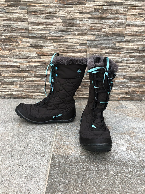 Columbia Boots, size US 5