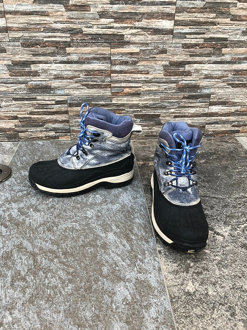 Waterproof Snow Boots, size US 9