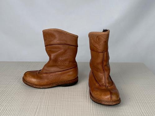 Mongolian Leather Sheepskin Boots, size US 11