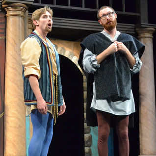 Complete Works Of Shakespeare Abridged (2014)