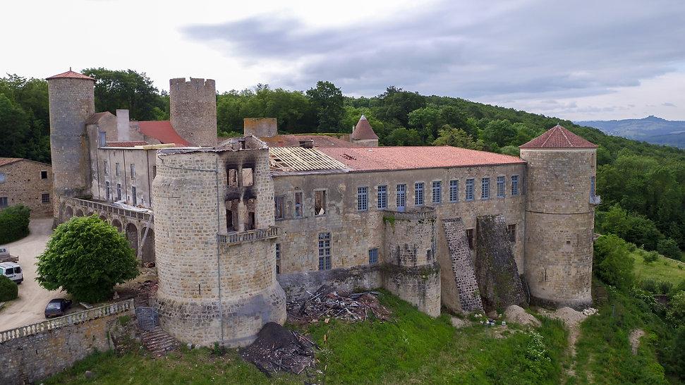Château de Ravel après incendie.