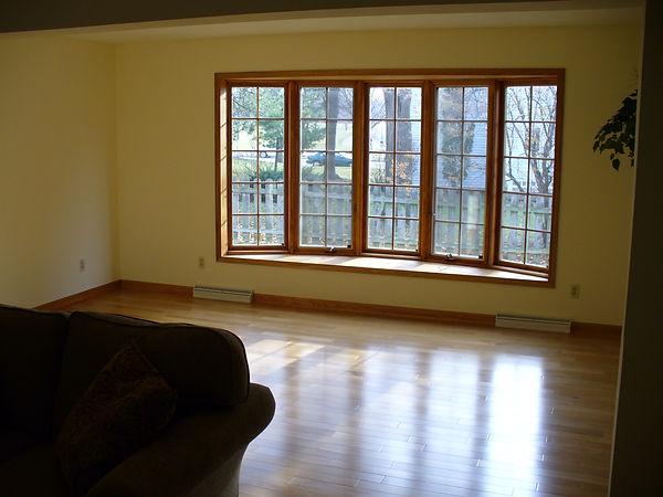 Bay window, Hardwood floor