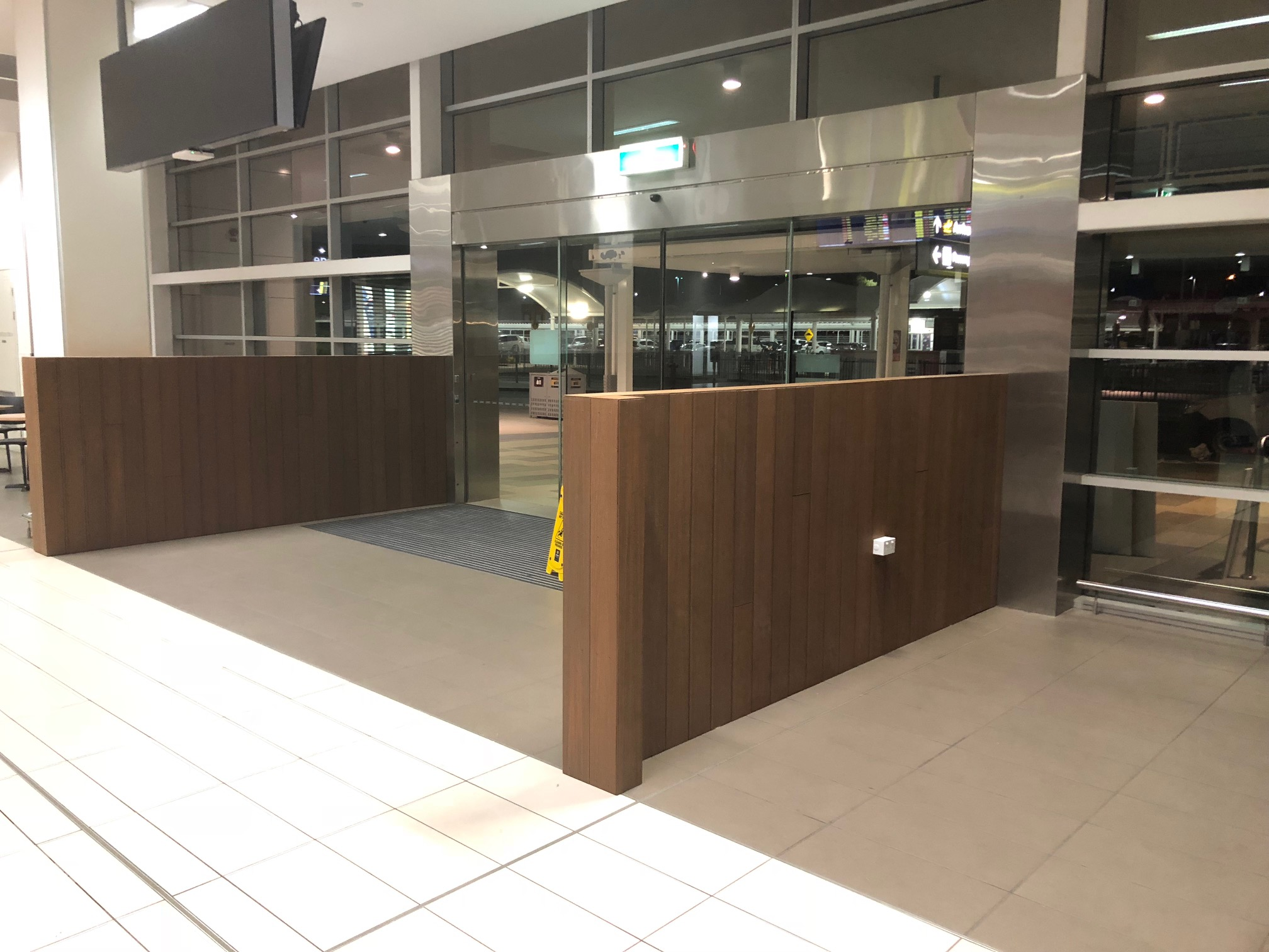 Hudsons Coffee Cairns Airport