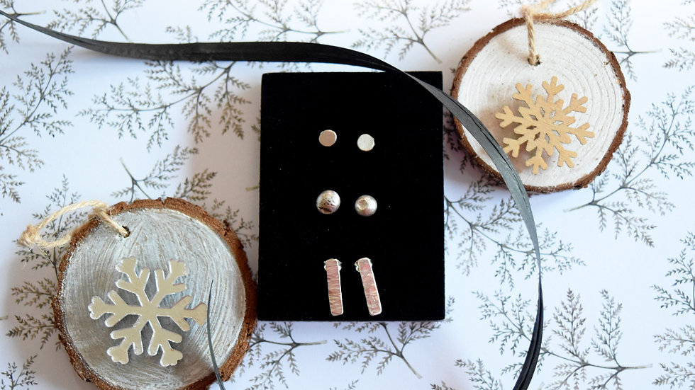 Essential Silver Stud Set
