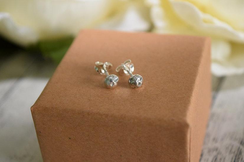 Small Pebble Stud Earrings
