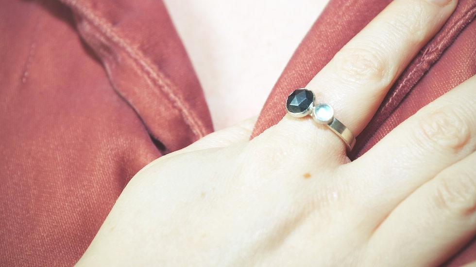 Hematite and Rainbow Moonstone Ring