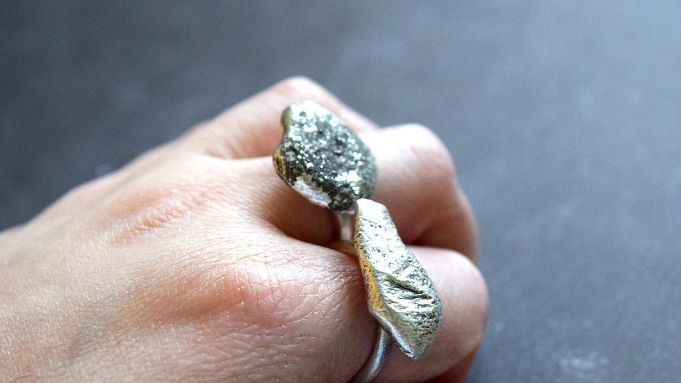 Large Pebble Rings