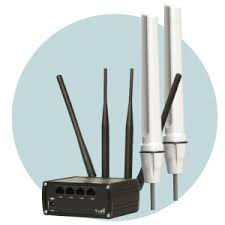 Teltonika dual sim 4G router attached to 4G omni-directional antenna from Pedigree Networking