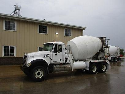 Mack CTP713 Mixer Truck.jpg