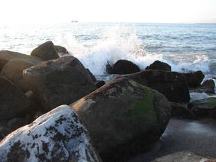 Puerto Vallarta sea rocks