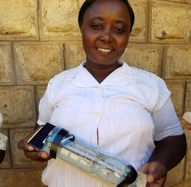 Solar Lamps successfully implemented in Kenya!