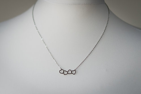 4-heart choker necklace