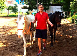 HQ Leadership India - Training with Horses - Oliver Ruett - BMW India