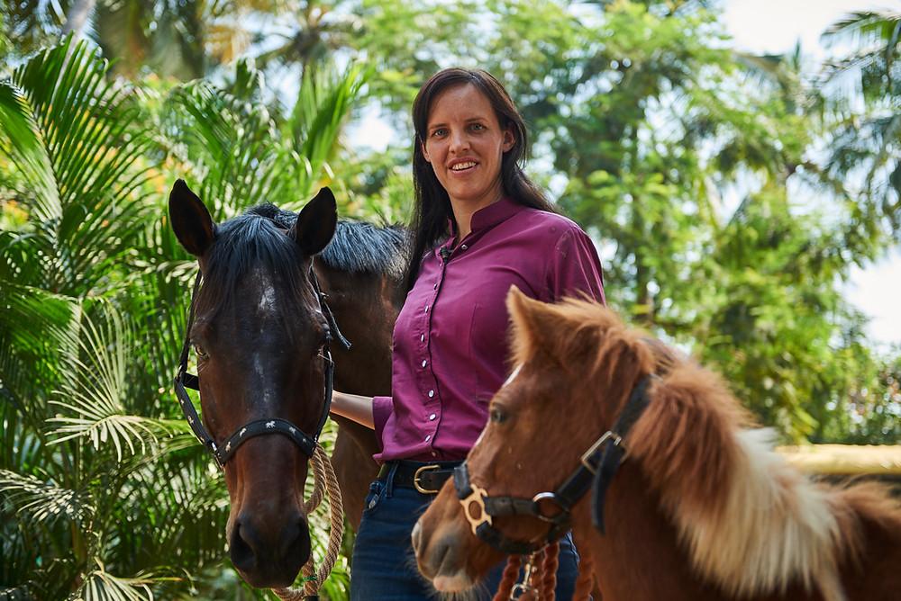 HQ Leadership India - Training with Horses - Manager Training India - Effective Leadership with Horses - HorseDream