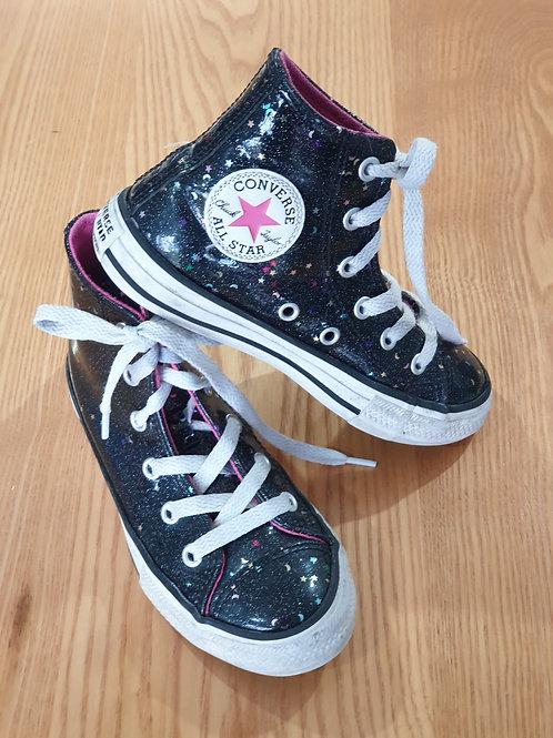 Converse All Stars - Near New - Junior Size EUR 29