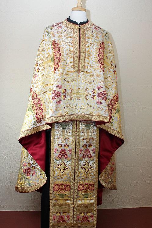 Ochryd priest vestments
