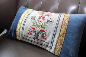 Pillow finishing photo 8.jpg