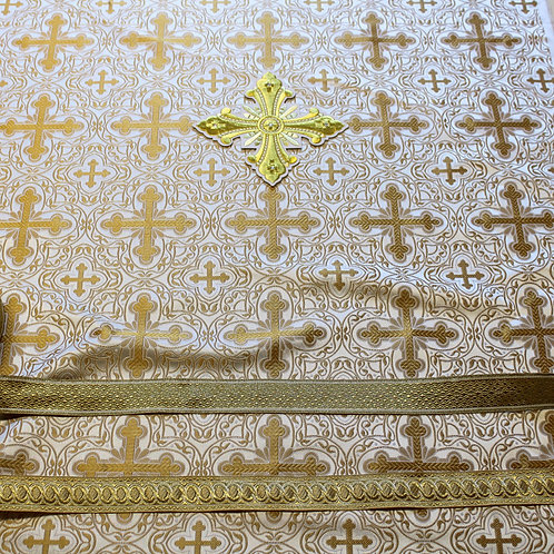 Chalcedon white-gold deacon's vestments