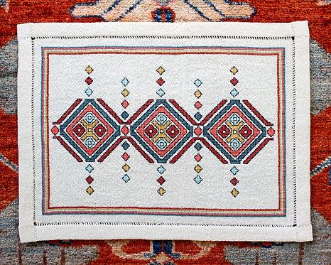 Etruscan Diamonds table mat (M)