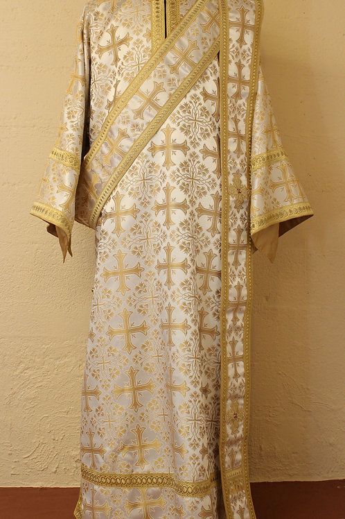 Deacon vestment brocade, white-gold