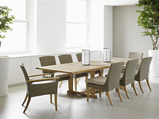 Gloster Pepper Marsh Dining Chairs and Dining Table