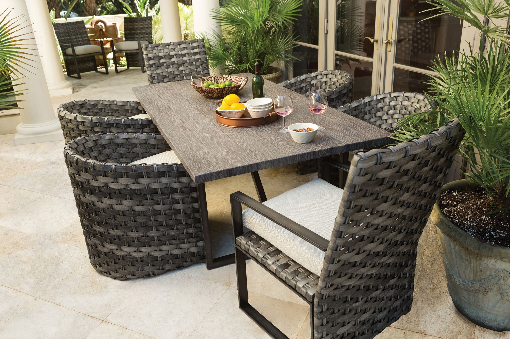 Allegre & Lucca Woven Dining