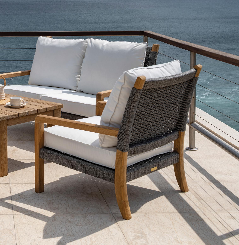 Kingsley Bate Hudson Lounge Chair and Sofa