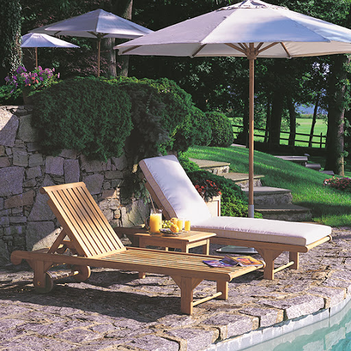 Kingsley Bate Nantucket Chaise with Cushion and without cushion