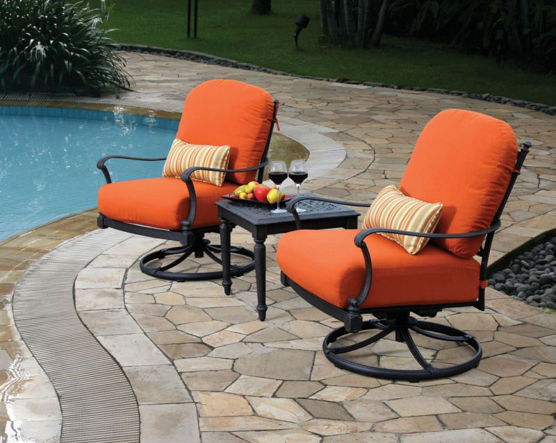 Lane Venture Water Mill Side Table and Swivel Lounge Chairs