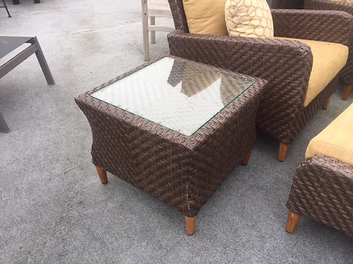 """Greenwich 21"""" End Table w/ Glass"""