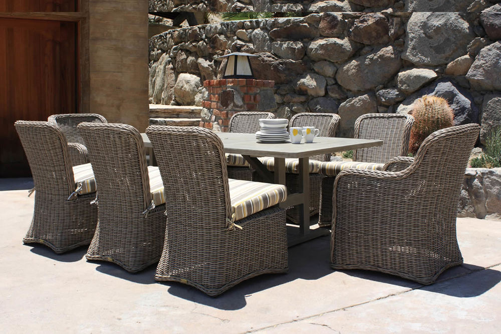 Patio Renaissance South Bay Dining Set and Dining Table
