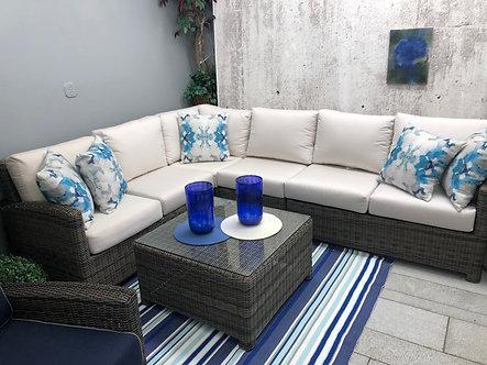 Bainbridge Sectional Sofa & Coffee Table