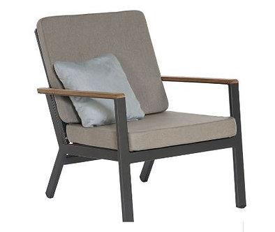 Barlow Tyrie Aura Club Chair
