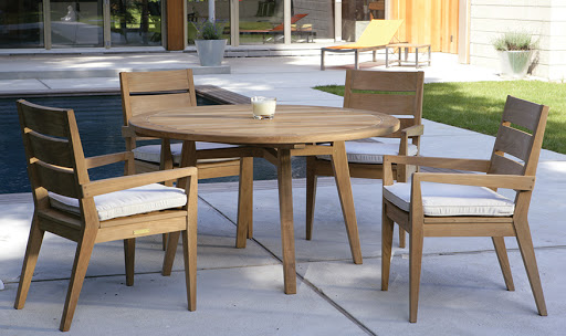 Kingsley Bate Algarve Dining Chairs and Dining Table