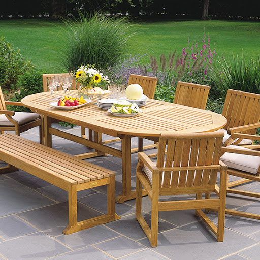 Kingsley Bate Nantucket Table and Dining Chairs