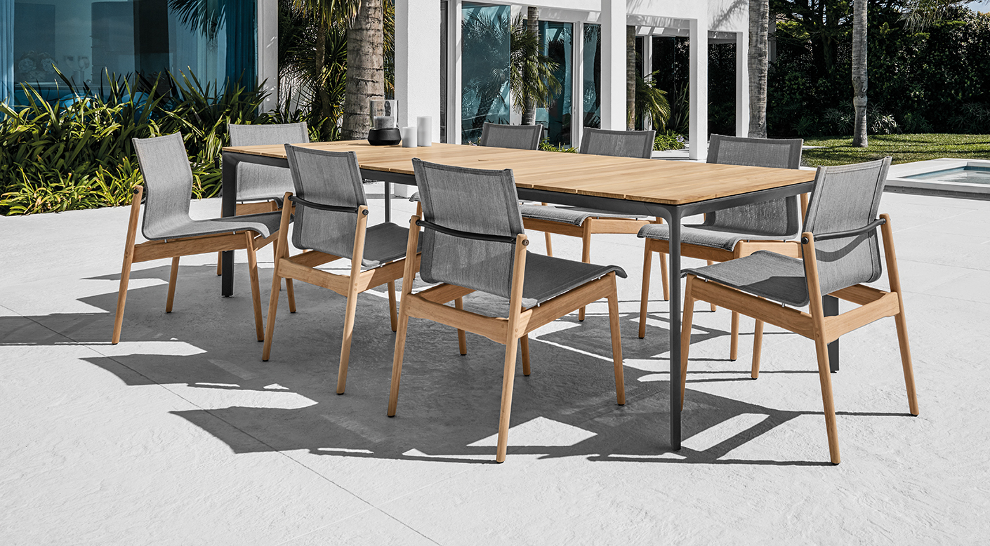 Gloster Sway Dining Chairs and Split Dining Table