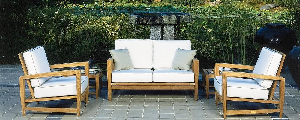 Kingsley Bate Amalfi Loveseat and Lounge Chairs
