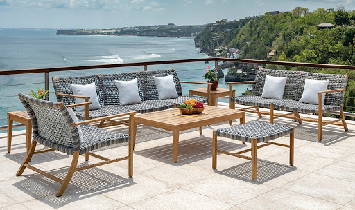 Kingsley Bate Catherine Sofa and Lounge Chairs and Ottoman and Coffee Table