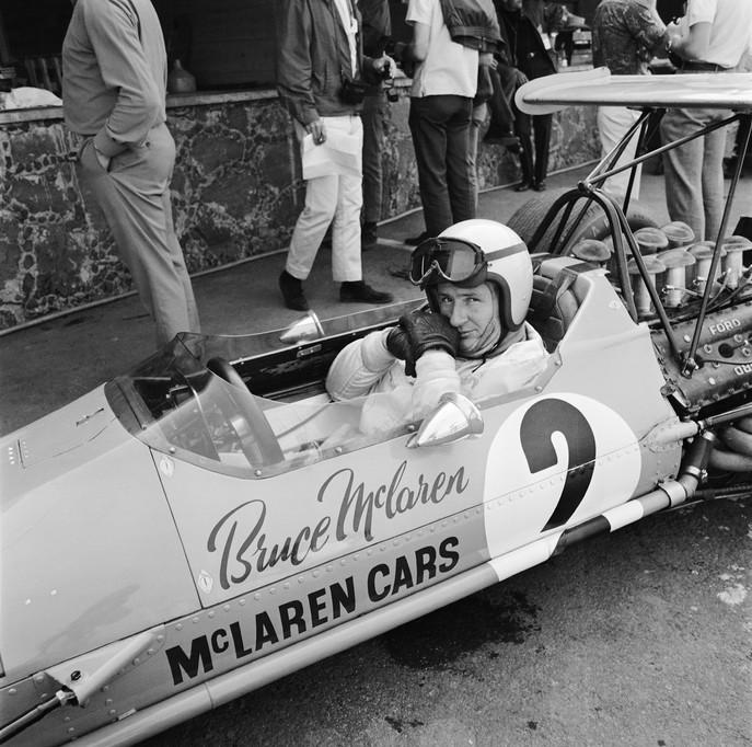 028 - McLaren Himself.jpg